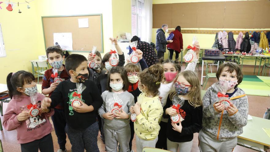 Charlas y galletas en el colegio Cervantes para celebrar su Semana de la Salud