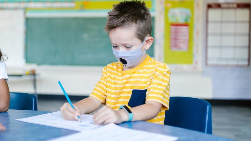 Mascarillas en niños: ¿pueden retrasan el desarrollo del habla y el lenguaje en nuestros hijos?