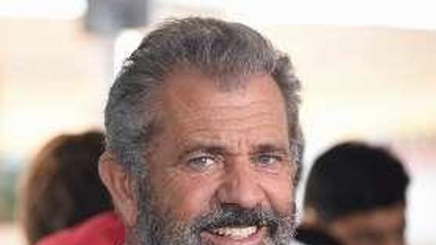 Mel Gibson dirigirá una nueva versión del clásico del western 'Grupo salvaje'