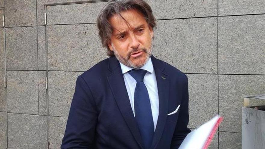 """Matos declara en el juzgado para """"normalizar"""" la comparecencia de cargos públicos"""
