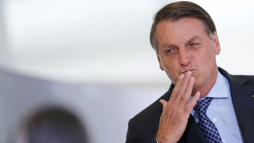 """Bolsonaro: """"Hay que dejar de ser un país de maricas"""""""
