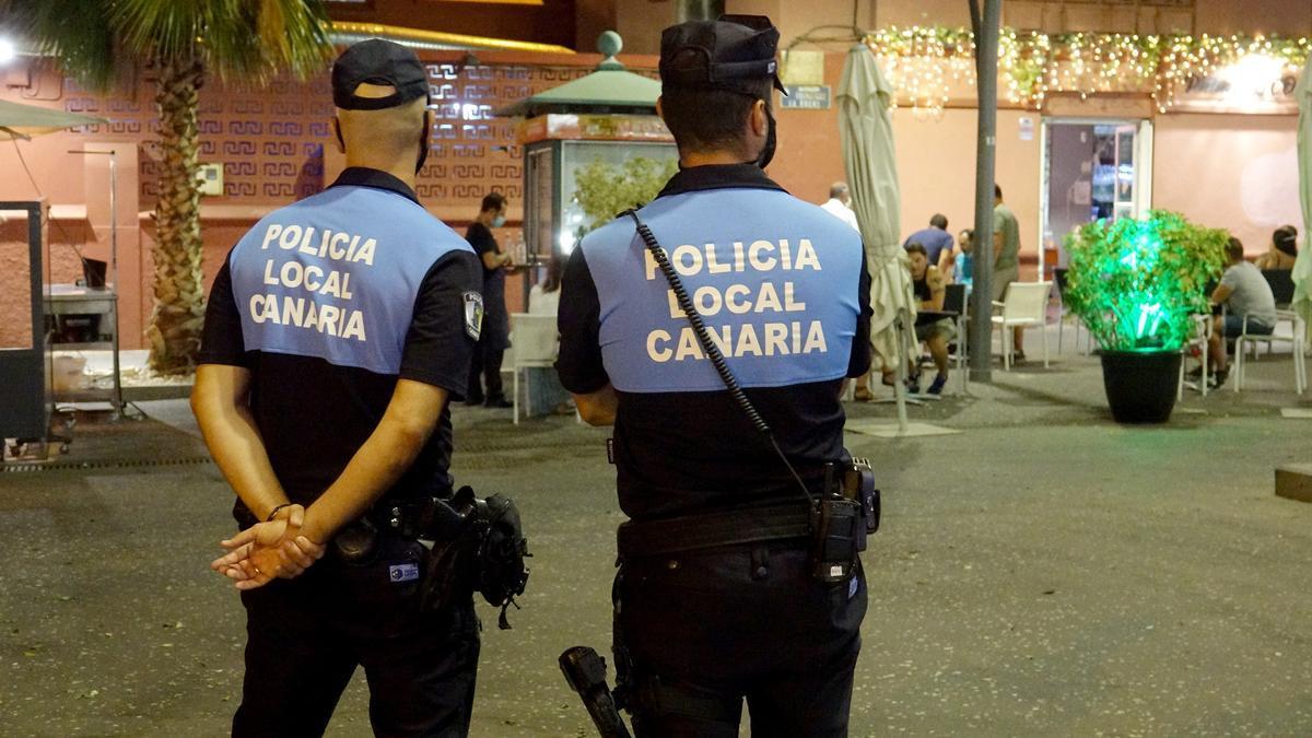 Agentes de la Policía Local de Santa Cruz de Tenerife.