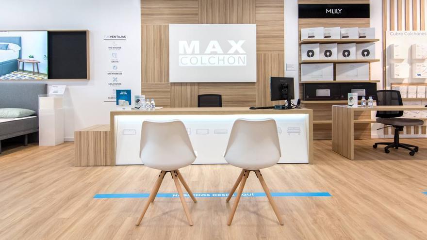 'Día sin IVA' para celebrar la apertura de la tienda de Maxcolchon en Córdoba