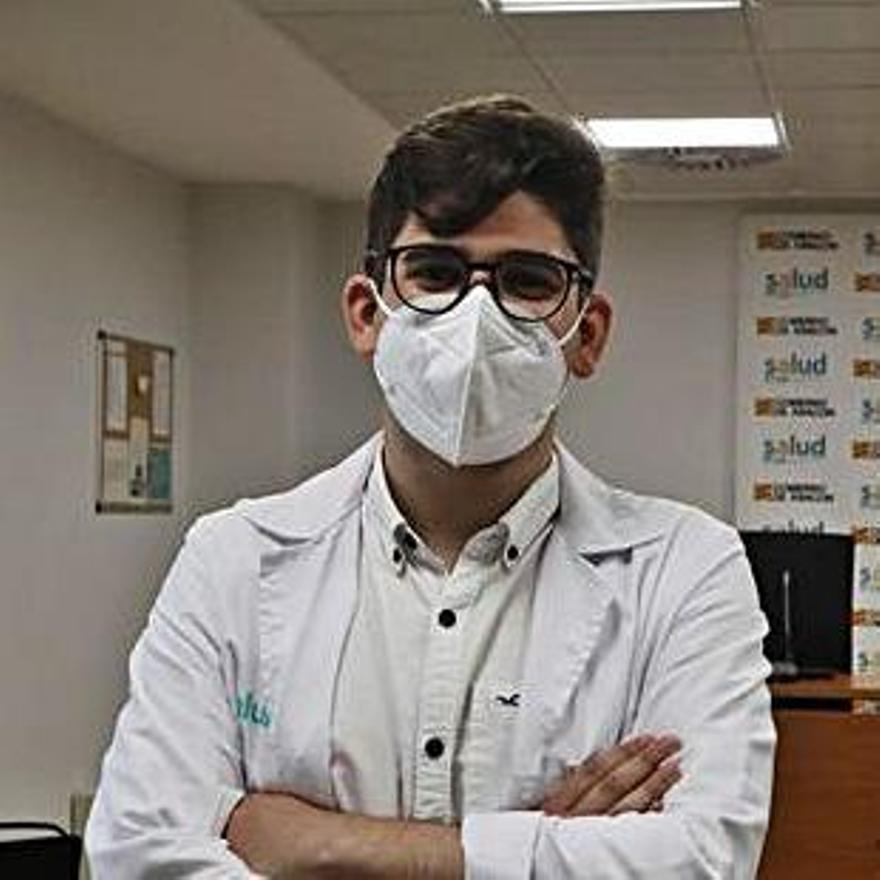 Mario Bautista, residente en Neurología..