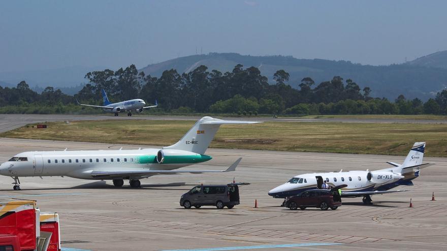 Avalancha de aviones en el aeropuerto de Vigo