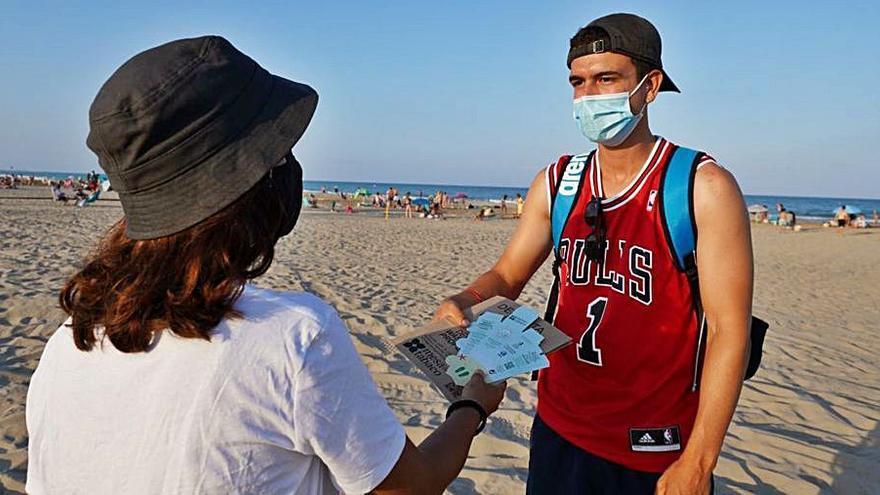 Freno en Canet a los residuos marinos