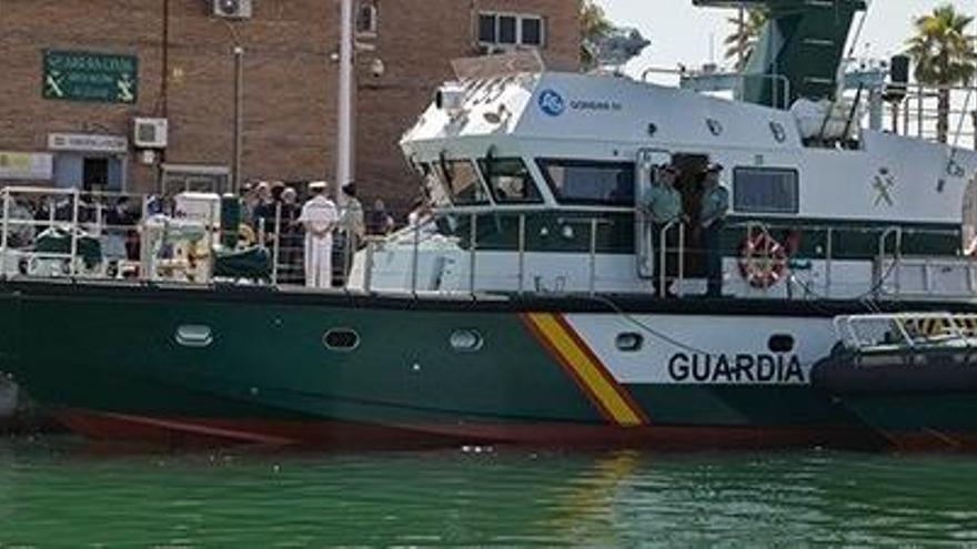 Dos detenidos en Cádiz tras volcar una embarcación con más de 1.500 kilos de hachís