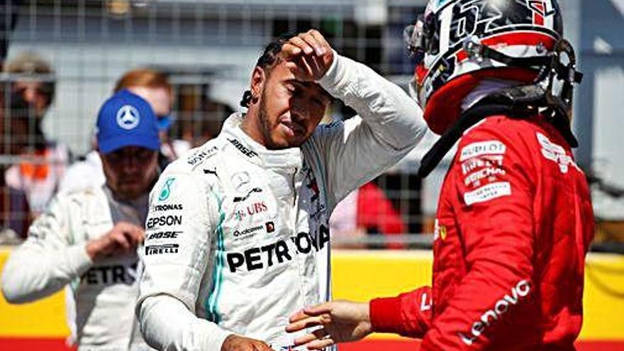 Hamilton s'emporta la «pole» del GP de França i Sainz arrencarà en sisè lloc
