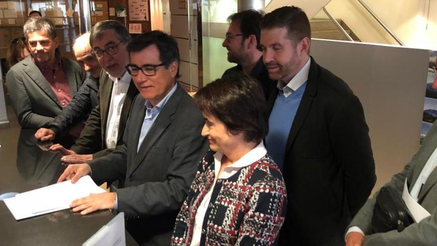 Set municipis del Baix Llobregat Nord porten la queixa pel preu del transport públic a Territori