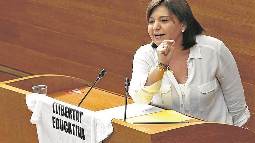El PP 'amenaza' al Consell con llevar al Constitucional el nuevo plurilingüismo