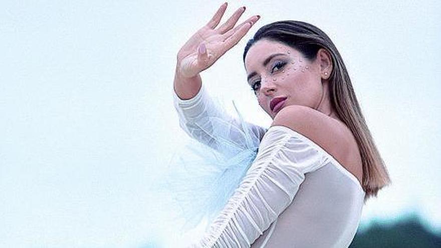 La artista Andrea Pousa, en una imagen reciente.