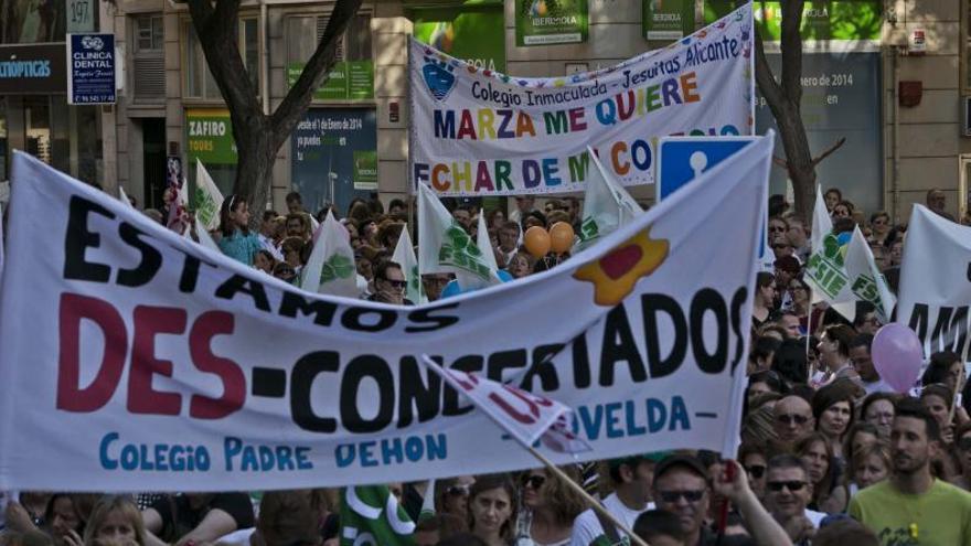 Educación pagará a siete centros concertados las aulas de Bachillerato que dejó sin subvención