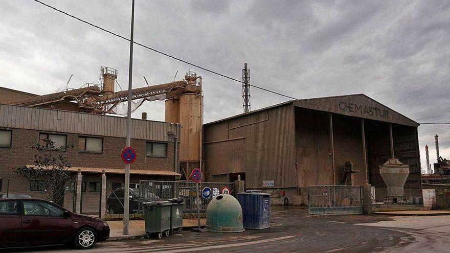 Los ecologistas piden el fin definitivo de la contaminación odorífera de Chemastur