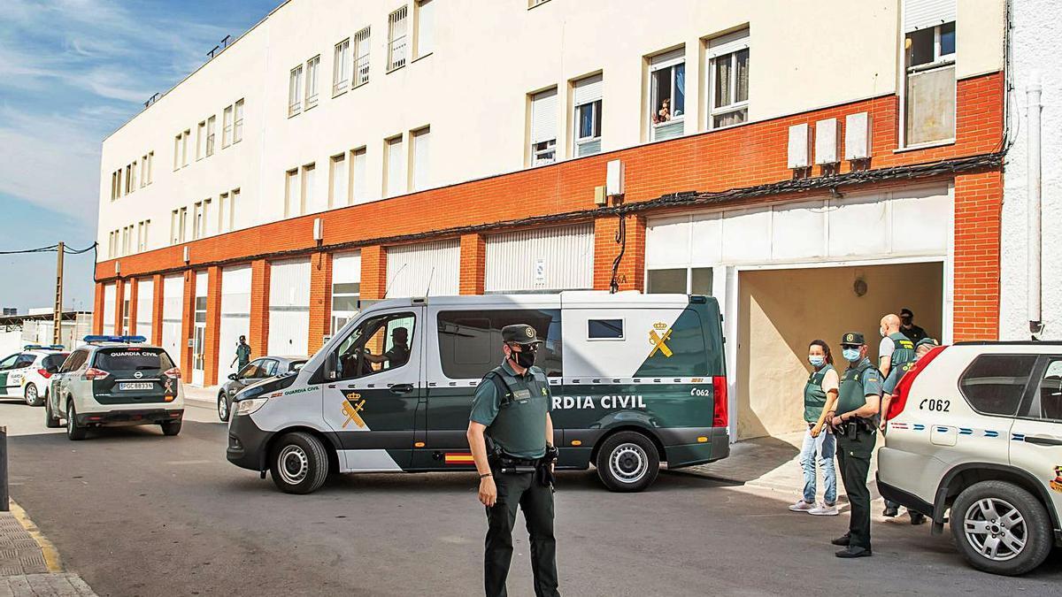 La Guàrdia Civil va reconstruir el crim a la casa de l'assassí confés. | EFE
