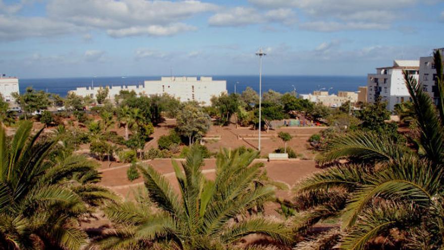 El Ayuntamiento reformará los parques de Añaza, Las Delicias y Chimisay Bajo