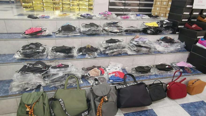 Intervienen más de 1.200 mascarillas falsificadas en una tienda en Tenerife