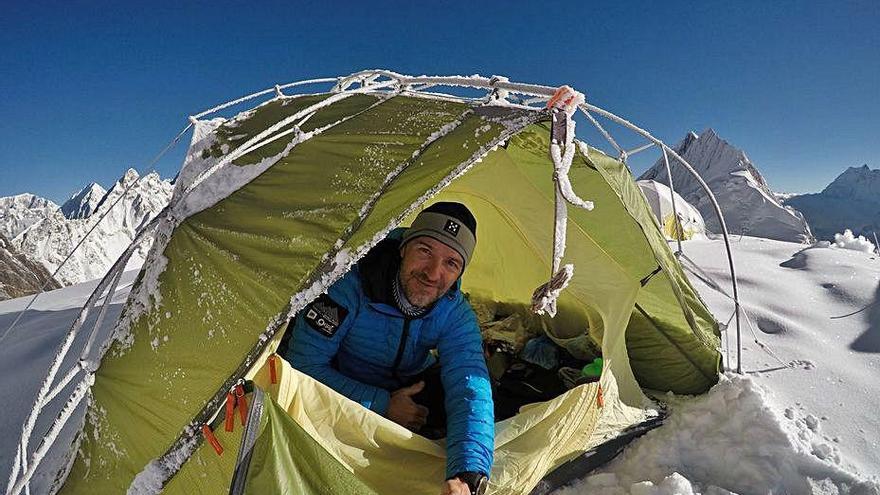 Mor Sergi Mingote després d'una caiguda en el descens del K2