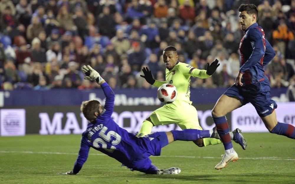 Las mejores imágenes del Levante - Barcelona