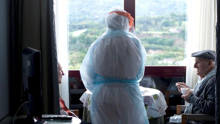 """Trabajadoras de residencias denuncian el trato a los mayores como """"pavos de engorde"""""""