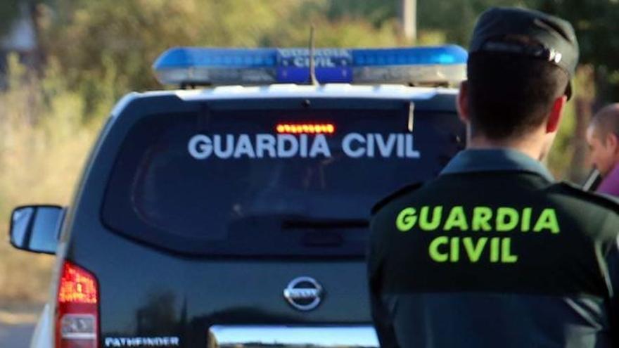 Un guardia civil fuera de servicio detiene a un hombre cuando intentaba robar un coche en Murcia