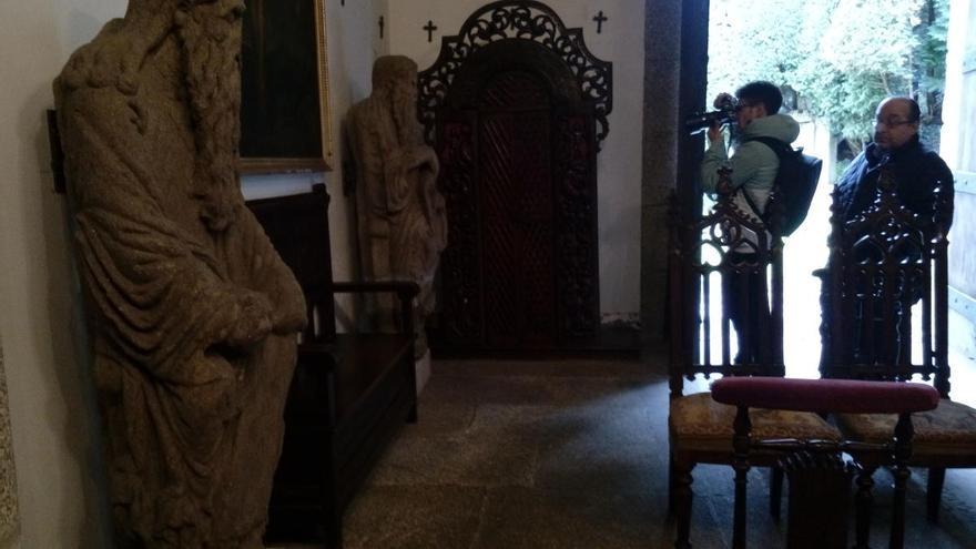 Unanimidad en el Parlamento gallego para recuperar las estatuas medievales apropiadas por Franco