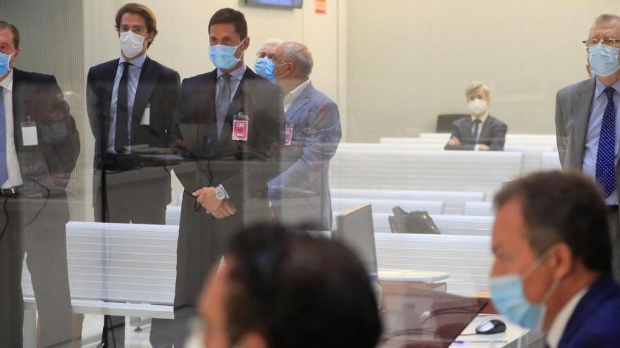 Se aplaza el juicio de Banco de Valencia para que Caser prepare su defensa