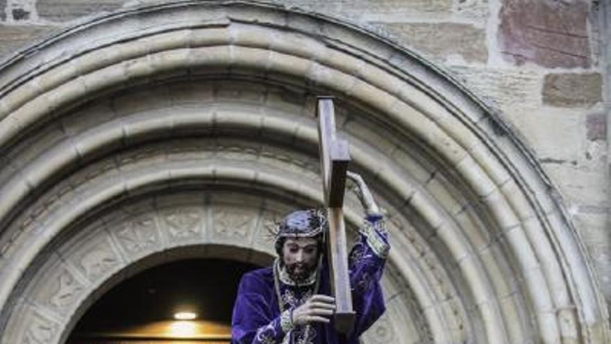 Semana Santa en Zamora: Procesión de la Vera Cruz en Benavente