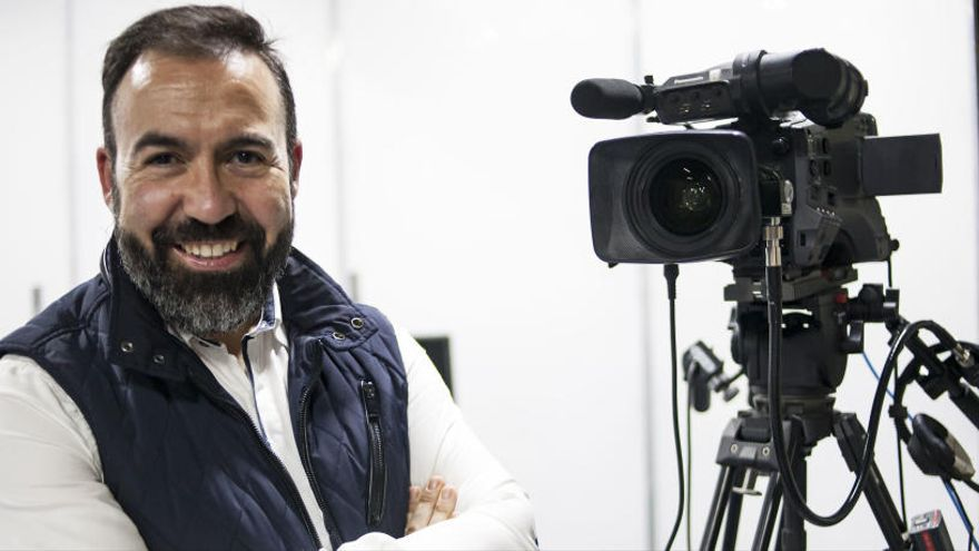 """Raúl Carbonell: """"Ha d'haver un suport econòmic per al professorat que vol reciclar-se"""""""
