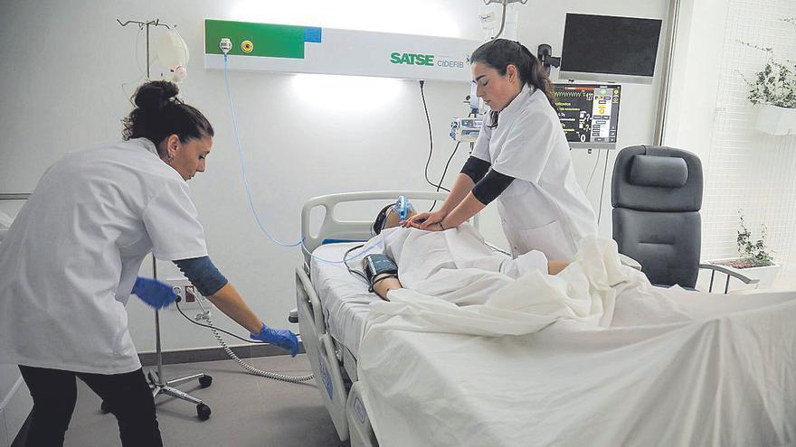 Las enfermeras no cobran la subida de las guardias acordada en 2019