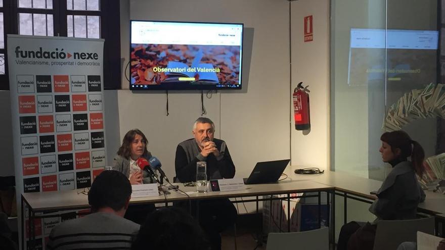 Aprovats en lectura i escriptura però suspesos a l'hora de parlar en valencià