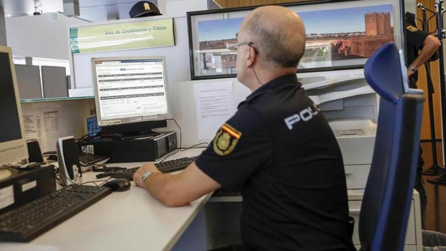 La Policía de la Junta actualiza sus conocimientos para combatir el terrorismo yihadista