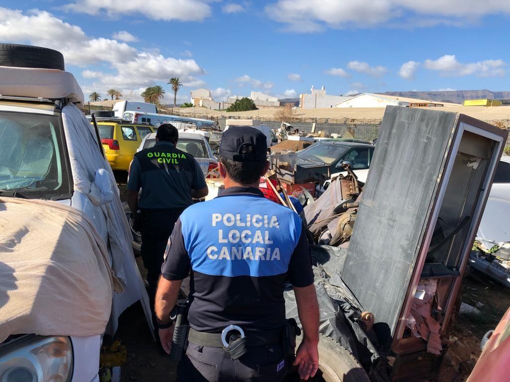 La Policía descubre un desguace ilegal en Santa Lucía