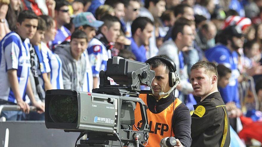 El Supremo reconoce el derecho de las televisiones a grabar partidos de fútbol para emitir los resúmenes