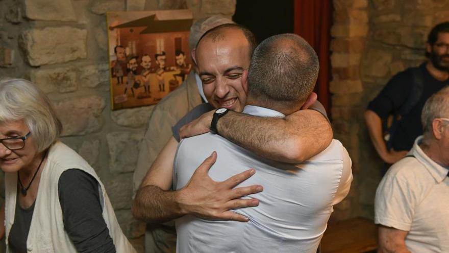 Celebració de Marc Aloy després de la victòria a les eleccions