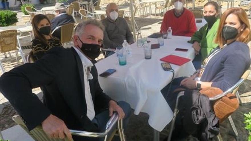 El PSOE urge al alcalde a cumplir los compromisos con los empresarios del Casco Histórico
