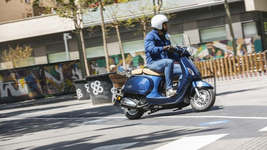 Los 10 mejores sccoters y motos de 125 para moverse por la ciudad