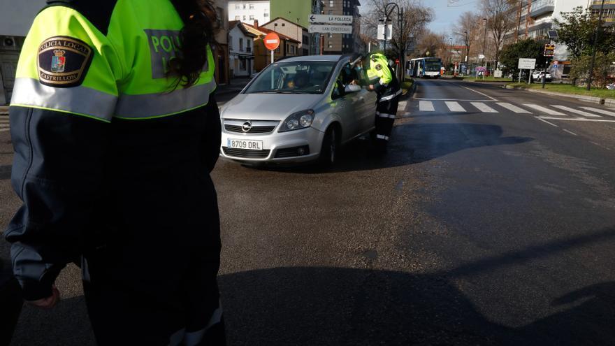 Detienen a tres menores por robos en coches en Avilés y Corvera
