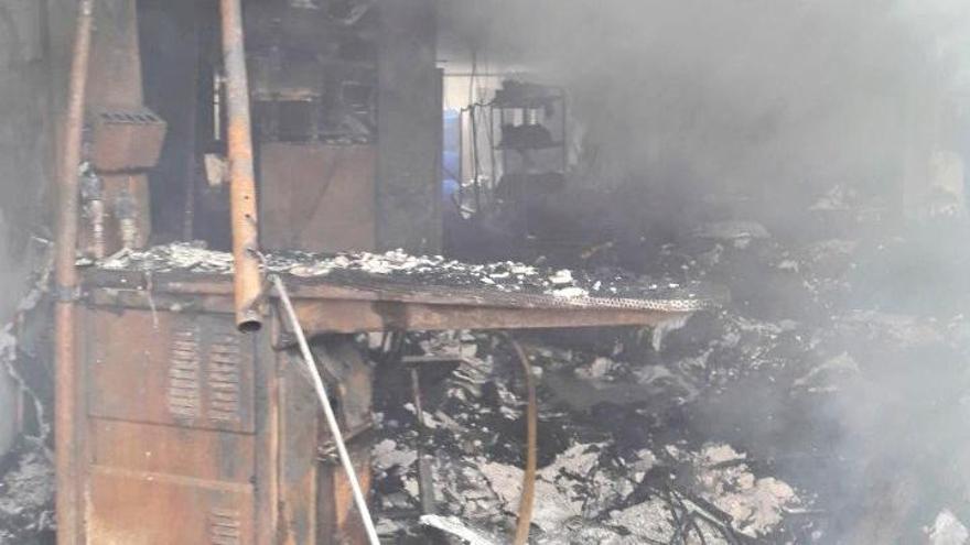 Incendio en una lavandería industrial en Capdepera