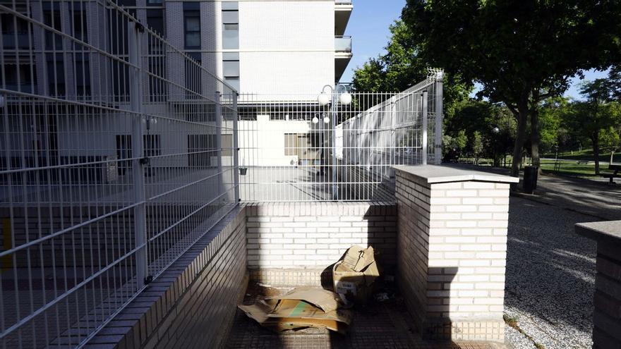 Detenido por violar a una indigente mientras dormía dentro de un saco en Zaragoza