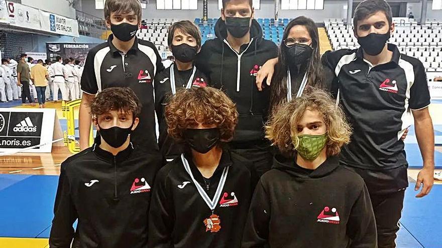 El Judo Club Base logra tres medallas en el Campeonato Gallego infantil y cadete