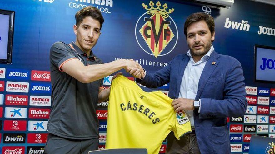 """Cáseres acepta del """"desafío"""" de triunfar en el Villarreal"""