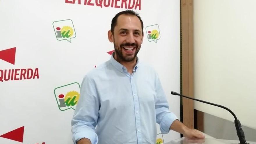 IU abrirá expediente a su edil en Adamuz y podría expulsarla por no apoyar al PSOE
