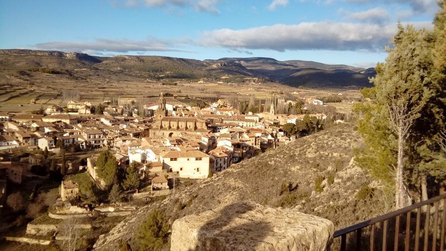 """Críticas al """"semiabandono"""" de las casas cuartel de Teruel tras colarse un intruso en la de Rubielos de Mora"""