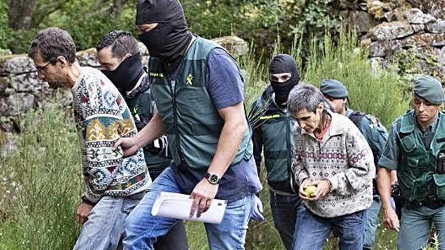 Hallan un fusil de asalto y dos armas en la casa de los jefes de Resistencia Galega