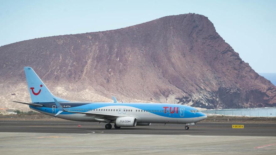 Canarias habrá recuperado a final de año el 47% de la capacidad aérea