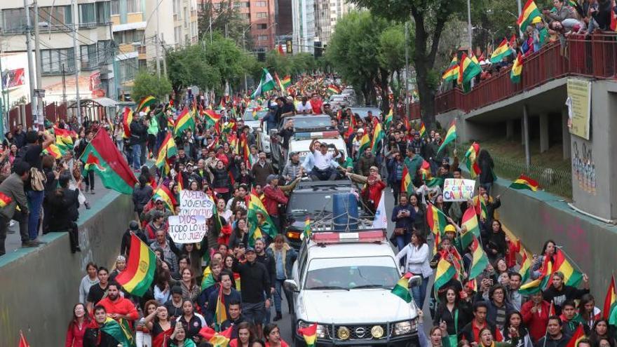 Evo Morales dimite ante la pérdida de apoyos