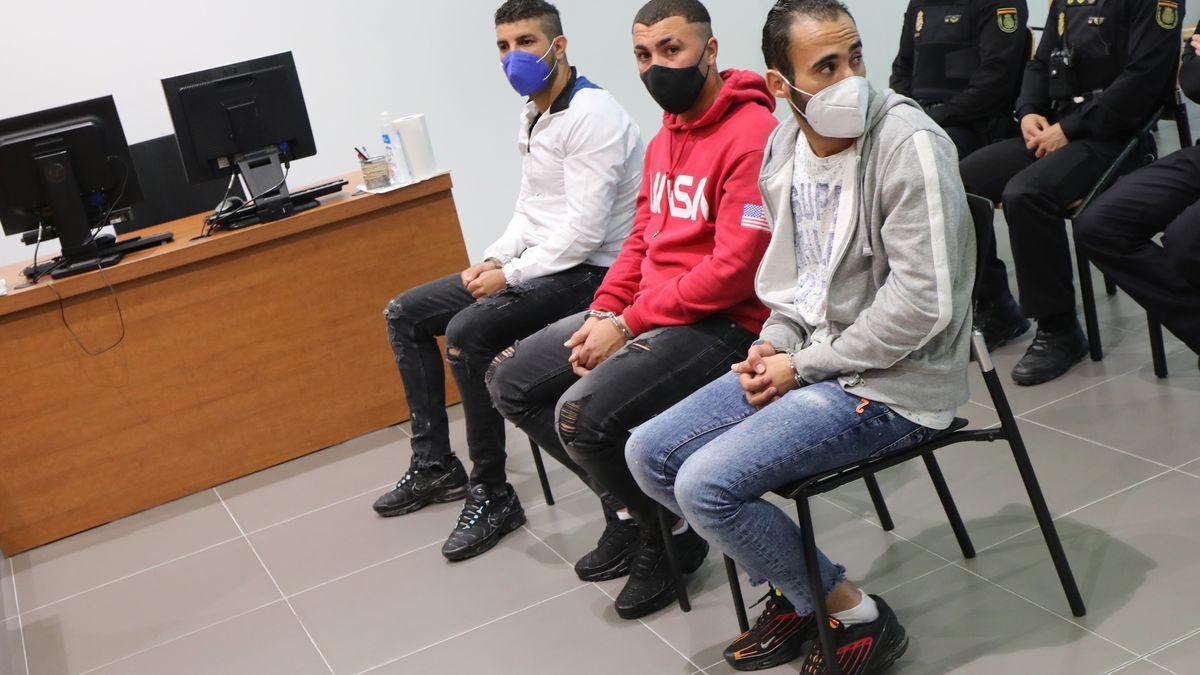 Los tres acusados, durante la vista.