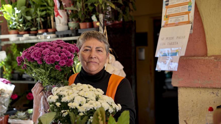 El negocio de las flores renace por Difuntos: muchos encargos y precios al alza