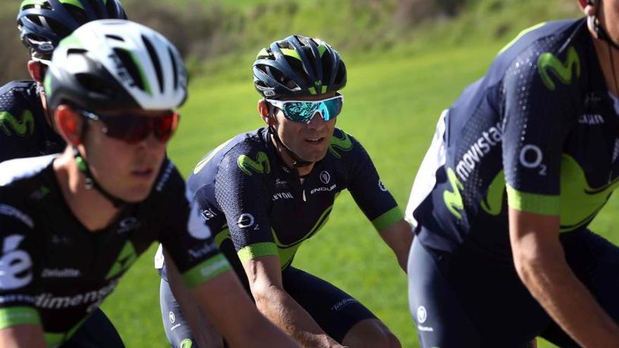 Valverde respon a la sanció amb un triomf a La Molina