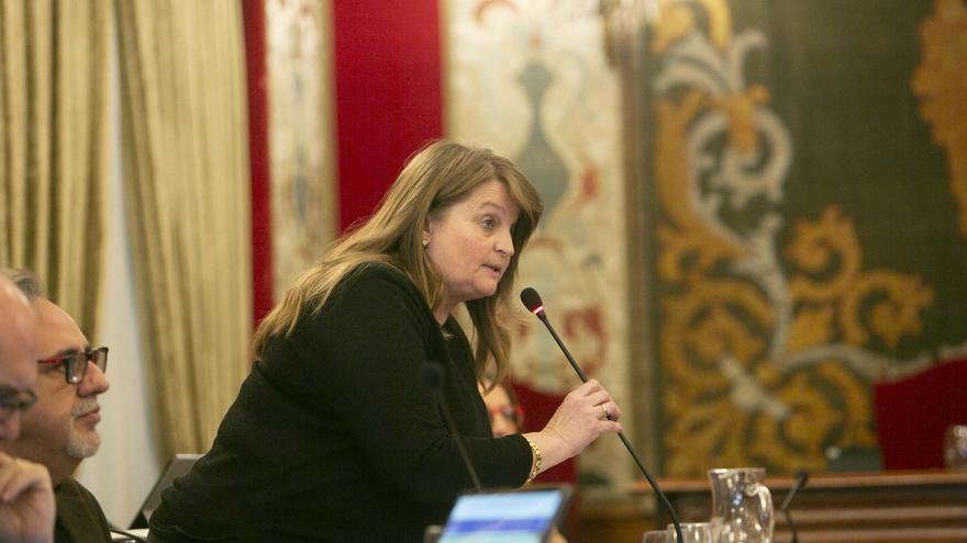 El PSOE y Compromís rechazan el nombramiento de Julia Llopis como miembro del Consejo Escolar Nacional
